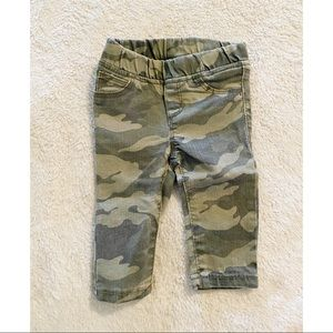Old Navy Camo jeggings